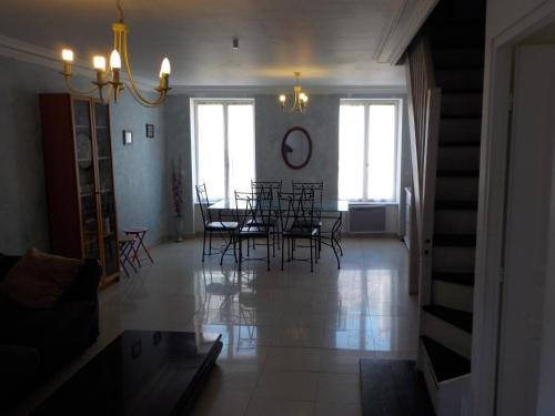 duplex torcy : Guest accommodation near Noisiel