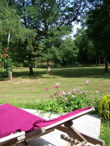 Domaine du Grand Roc : Guest accommodation near Champagnac-la-Rivière