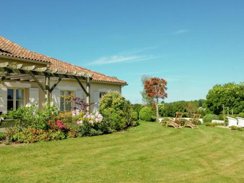 Villa La Preze 10 : Guest accommodation near Mazerolles