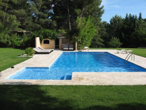 T2 moderne Les Figons : Guest accommodation near Éguilles
