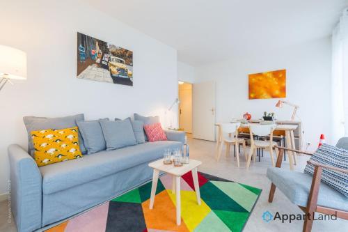 Napijade : Apartment near Neufmoutiers-en-Brie