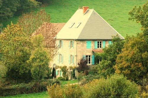 Chambres d'Hôtes Le Cuisinier en Combraille : Bed and Breakfast near Saint-Jacques-d'Ambur