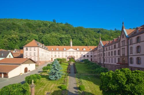 Maison d'accueil des Soeurs du Très Saint Sauveur : Guest accommodation near Uttenhoffen