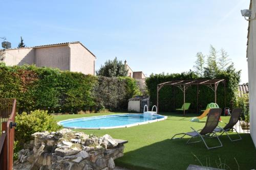 ACCENT IMMOBILIER - Villa Fox, piscine, 8 pers, balnéo : Guest accommodation near Châteaurenard