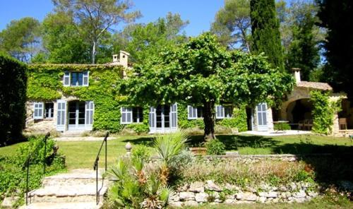 Bastide des Bruisses, Villa Valbonne : Guest accommodation near Valbonne