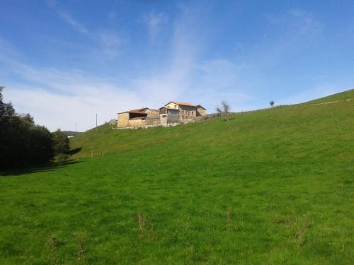 Domaine des Roches : Bed and Breakfast near Saint-Christo-en-Jarez