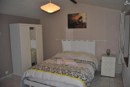 au murier : Bed and Breakfast near Berson