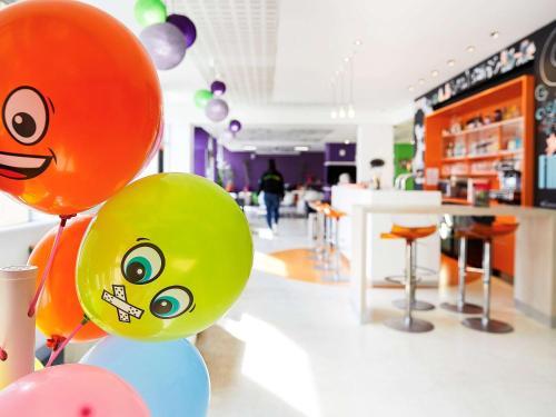 ibis Styles Lille Centre Gare Beffroi : Hotel near Ronchin
