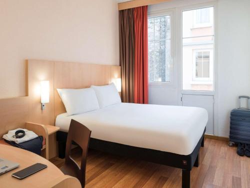 ibis Paris Ornano Montmartre Nord 18ème : Hotel near Saint-Ouen