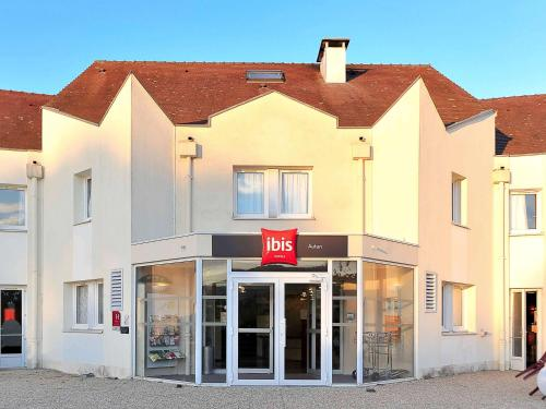 Hotel ibis Autun : Hotel near Dracy-Saint-Loup
