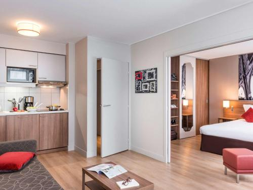 Aparthotel Adagio Paris Bercy Village : Guest accommodation near Paris 12e Arrondissement