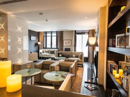 Mercure Paris 17ème Saint Lazare Monceau : Hotel near Paris 17e Arrondissement