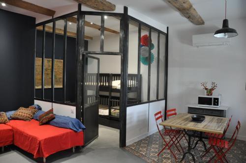 Rouge Pompon : Apartment near Mèze