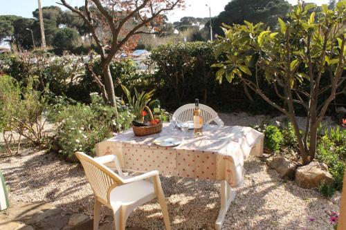 Gite des Iles d'Or : Apartment near La Londe-les-Maures