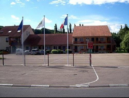 Hotel Restaurant De La Canner : Hotel near Évrange