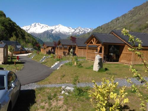 Camping La Ribere : Guest accommodation near Betpouey