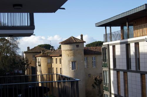 BAYONNE CATHEDRALE T3 60m2 NEUF parking ascenseur : Apartment near Bayonne