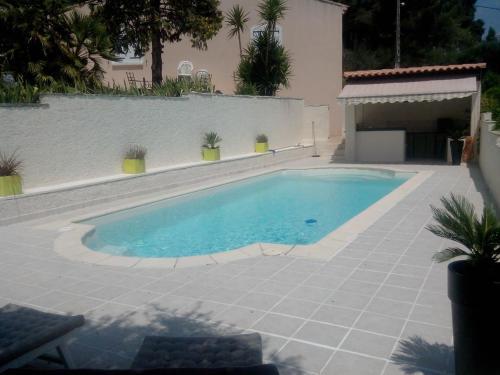 Villa Provençale, piscine privée sécurisée. : Guest accommodation near Le Cannet-des-Maures