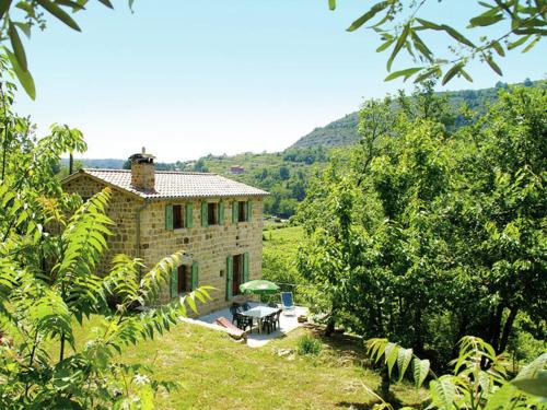 Maison De Vacances - Les Assions : Guest accommodation near Saint-Genest-de-Beauzon