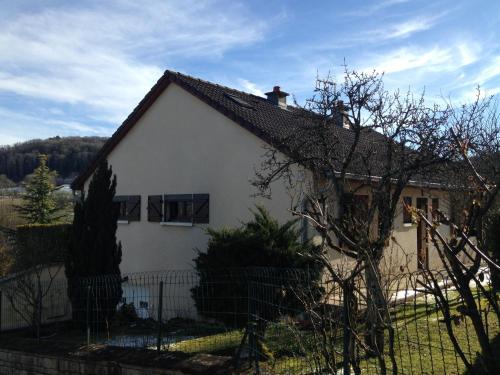 Le cep de vigne : Guest accommodation near Neuvelle-lès-la-Charité