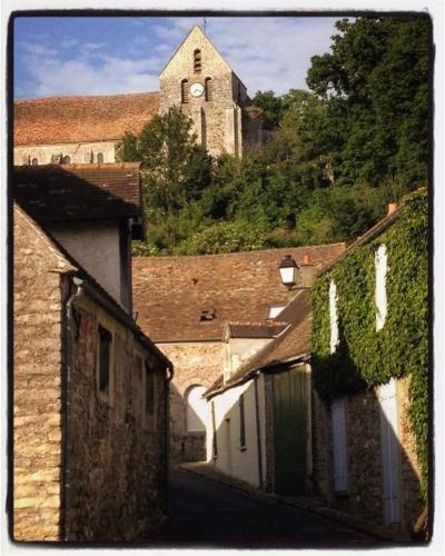 Holiday home Rue Pierre de Bernis : Guest accommodation near Droue-sur-Drouette