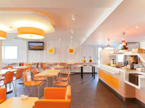 ibis budget Saint-Maximin : Hotel near Ollières