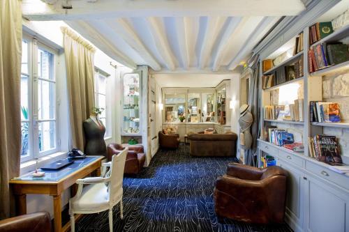 Hotel Bonaparte : Hotel near Paris 6e Arrondissement