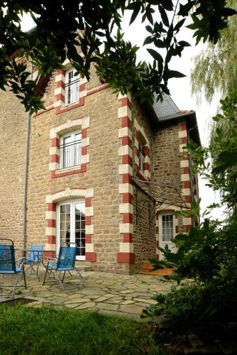 La Petite Maison : Guest accommodation near Saint-Aubin-Fosse-Louvain