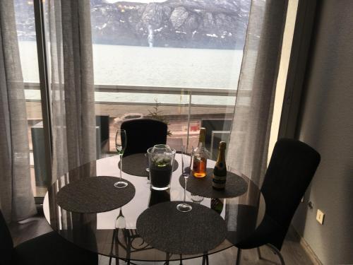 Appartement Riviera AIX LES BAINS : Apartment near Virignin