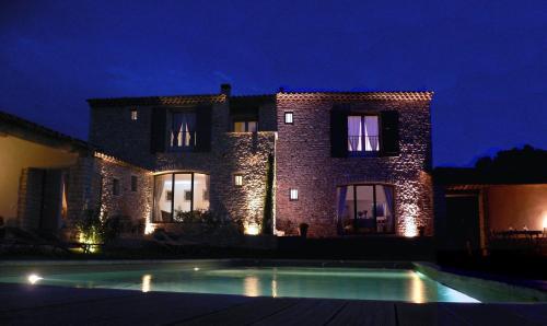 Les Terrasses : Guest accommodation near Saint-Pantaléon