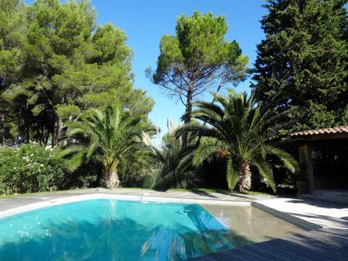 Villa Voie Communale Carraire des Nouvelles : Guest accommodation near Gémenos