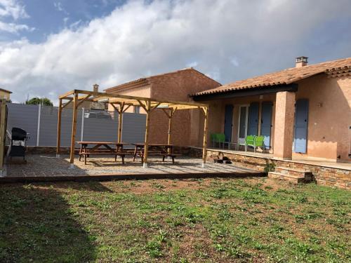 Villa Triskyl : Guest accommodation near La Motte