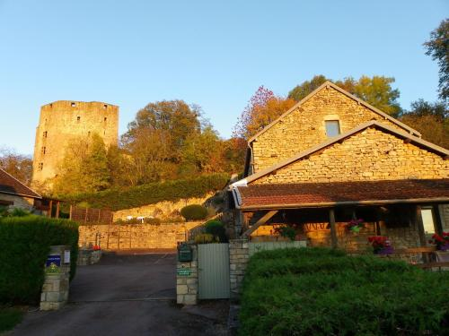 Le Cottage du Château : Bed and Breakfast near Cussy-le-Châtel
