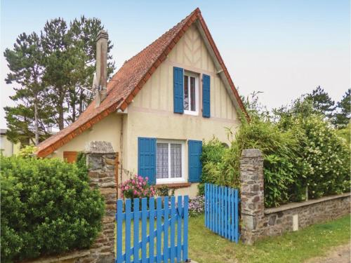 La Fourmi : Guest accommodation near Neufmesnil