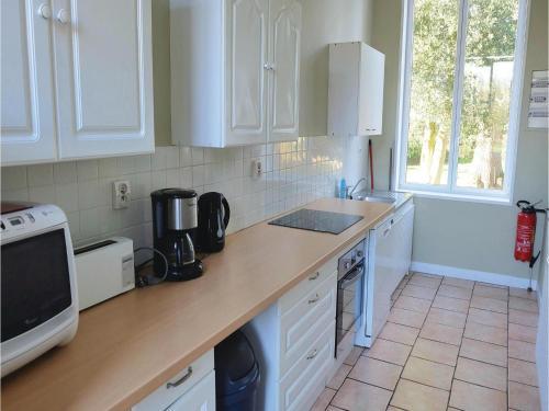 Holiday Home Rue De La Morande : Guest accommodation near Blessy
