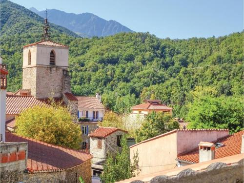Holiday Home Finestret with a Fireplace 09 : Guest accommodation near Espira-de-Conflent