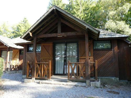 Chalet lac des Settons : Guest accommodation near Saint-Péreuse