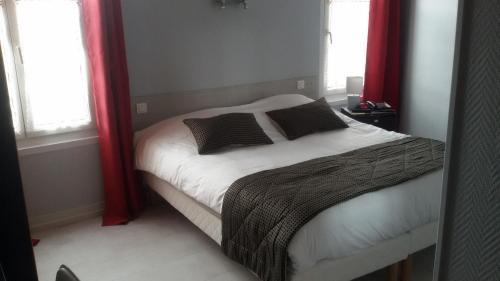 Hotel De La Paix : Hotel near Sailly-Laurette