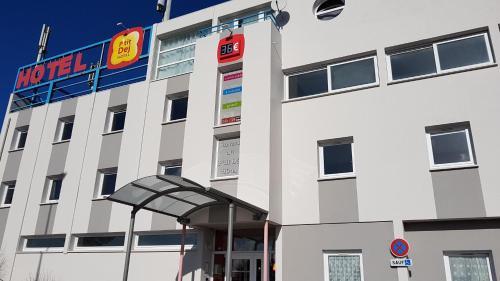 Hotel The Originals Berck-sur-Mer (ex P'tit-Dej Hotel) : Hotel near Waben
