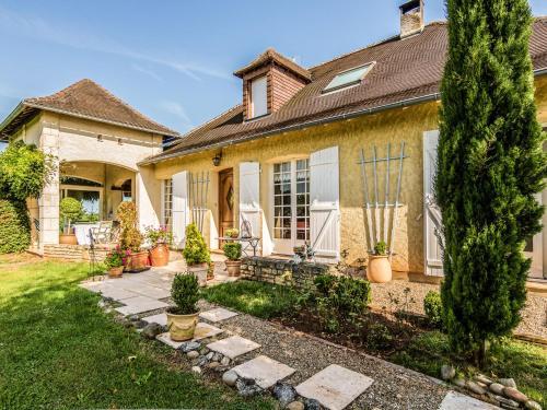 Villa de l'Yssandonnais : Guest accommodation near Yssandon