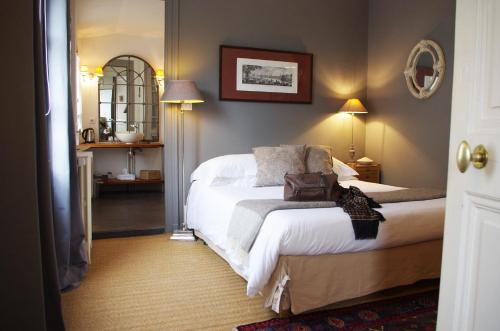 Vue sur Cour : Bed and Breakfast near La Rochelle