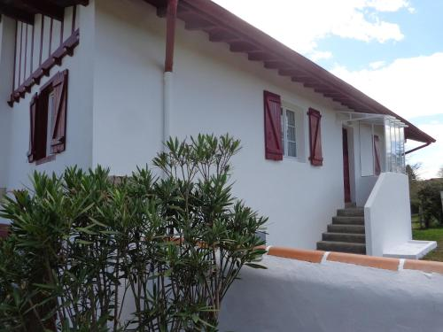 Ahurtenia : Apartment near Ayherre