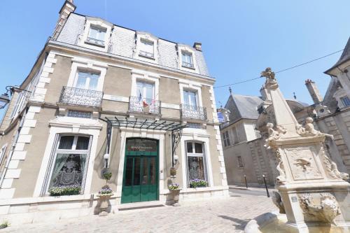 Best Western Plus Hôtel D'Angleterre : Hotel near Crézançay-sur-Cher