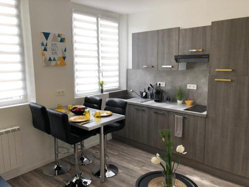 Apart'Moment Saint-Omer Centre : Apartment near Longuenesse