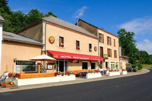Au Lac des Moines : Hotel near Saint-Clément