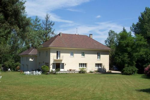 Domaine de Beauvilliers : Bed and Breakfast near Bellefontaine