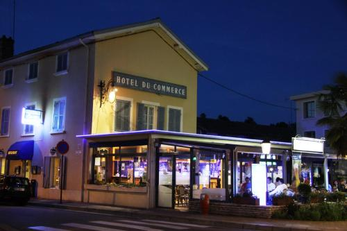 Hotel du Commerce : Hotel near Marlieux