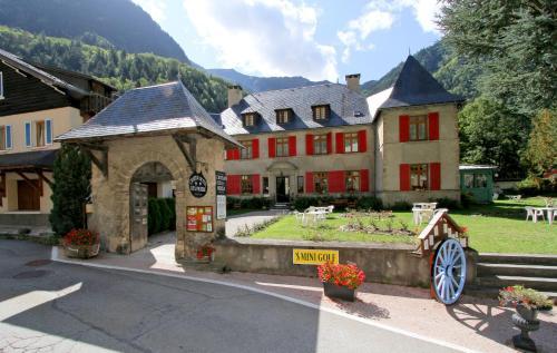 Chateau De La Muzelle : Hotel near Saint-Christophe-en-Oisans
