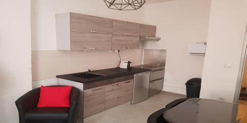 L'Annexe d'Alèzen T2 Centre : Apartment near Salon-de-Provence