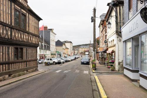 Le 116 : Guest accommodation near Préaux-Saint-Sébastien